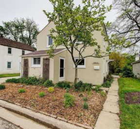 5812 Currant Ln, Greendale, WI 53129