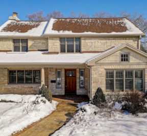 House for Sale in Whitefish Bay Wisconsin