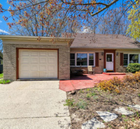 Home for Sale in Greendale WI